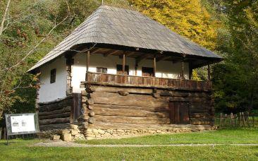 24_-casa-romaneasca-traditionala